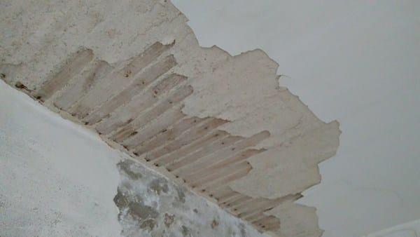 Reparar falso techo en vivienda antigua alba iler a - Tapar agujero techo ...