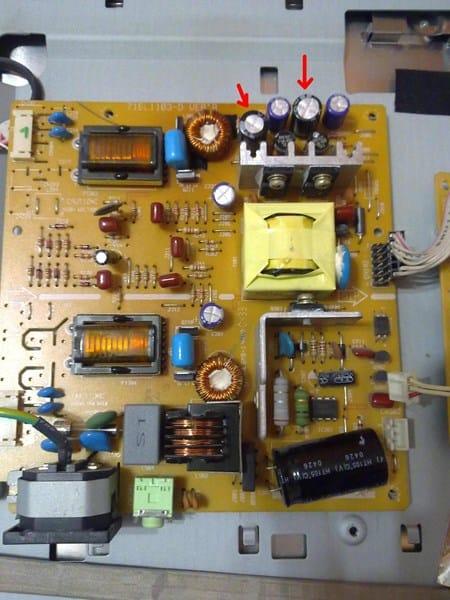 C mo reparar monitor que se apaga a los 3 segundos for Bombilla led se enciende y se apaga