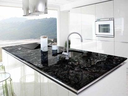 Elegir color muebles de cocina y encimera decoraci n for Marmoles y granitos para cocinas