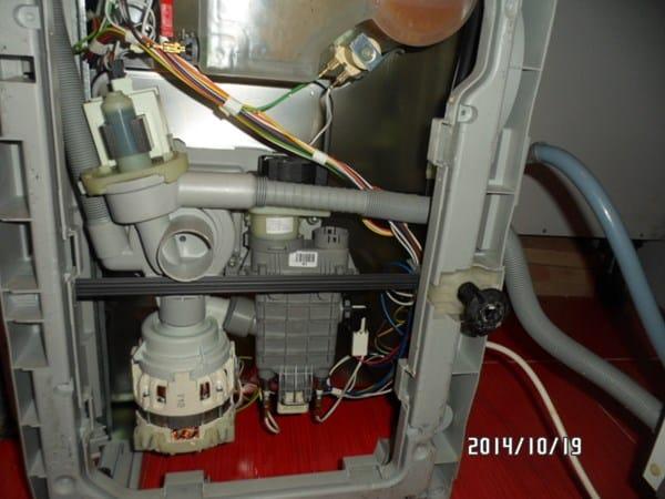 Lavavajillas edesa 1le 031pn no desagua for Mi lavavajillas no desagua