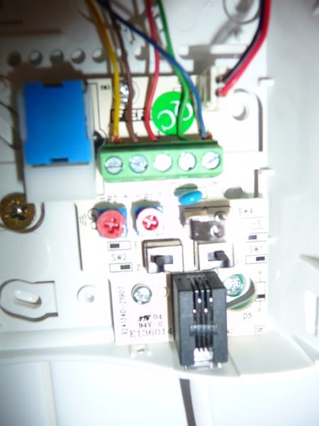 De un interfono golmar a un fermax no suena el timbre hay for Telefonillo fermax esquema