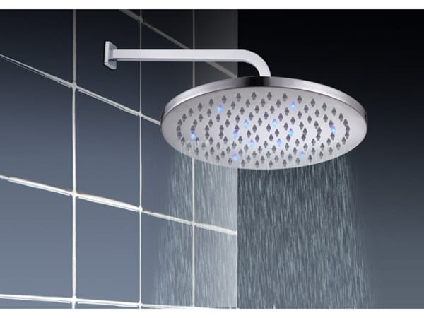 Cu nta agua deber a frenar la alcachofa de ducha for Poca presion de agua