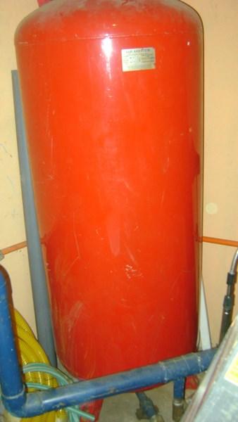 C mo cambio valvula admisi n de aire tanque for Membrana para hidropack