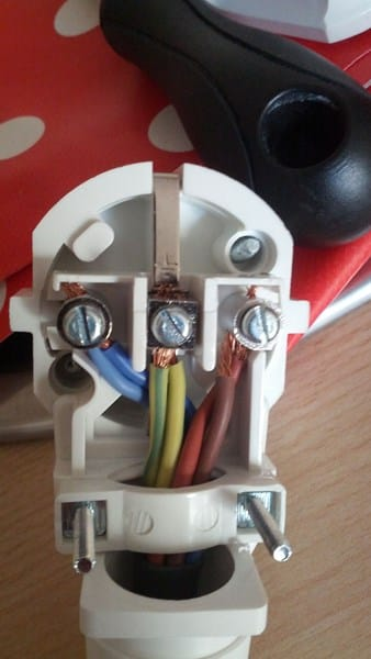 Empalmar cables vitro edesa 3iet 220s electricidad del - Enchufes para hornos ...