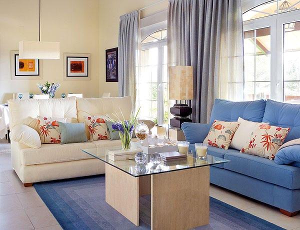 Combinar colores de 2 sof s diferentes decoraci n for Combinar muebles de distintos colores