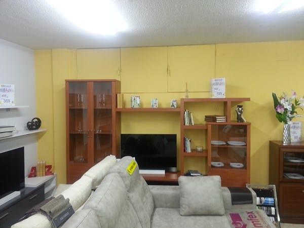 Color de mueble sal n cual pondr as decoraci n for Color arena paredes salon