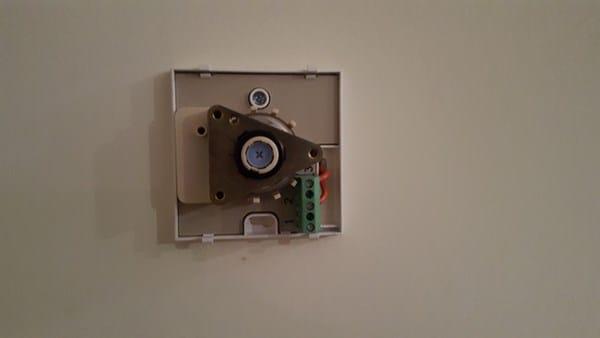 Termostato anal gico peisa funciona al rev s calefacci n for Termostato analogico calefaccion