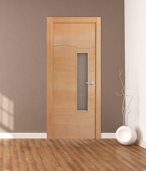 Qu color de suelo laminado para puertas color pino casa for Puertas color pino