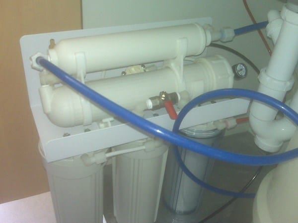 Poca agua grifo smosis fontaner a for Poca presion de agua