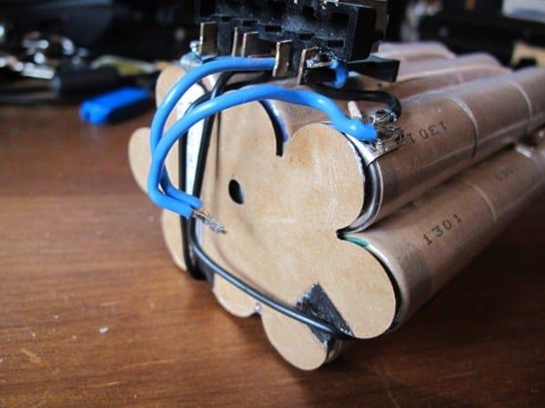 C mo sustituir la bater a de un taladro reparaciones - Taladro de bateria ...