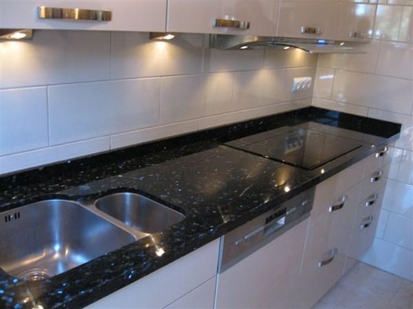 Elegir color muebles de cocina y encimera decoraci n for Muebles de cocina con encimera